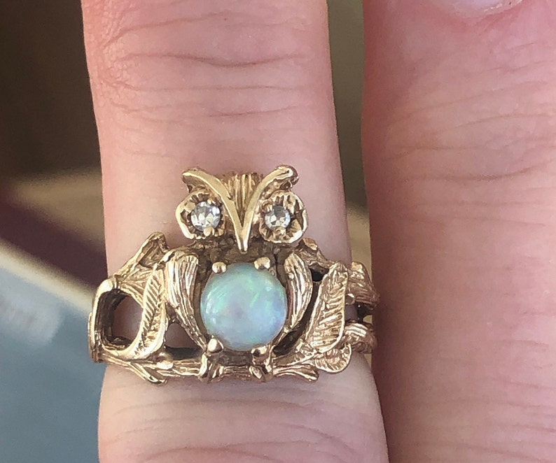 Vintage 14k Owl Opal  Diamond Ring