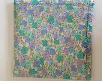 Hankie - 100% Cotton Lawn Paisley Handkerchief 25 x 25cm Square