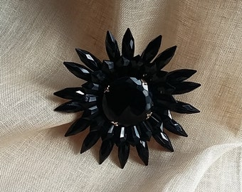 "Vintage Very Large 4"" Floral or Rayed Brooch Black Lucite w/ Black Glass Center"