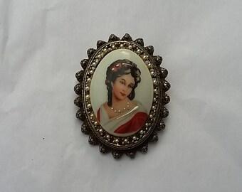 Vintage Limoges France Porcelain Brooch Pendant Beautiful Woman