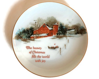 Vintage Christmas Plate, Lasting Memories, Christmas Joy Red Barn Farmhouse Christmas Decor, Rustic Christmas Decor, Vintage Christmas Decor