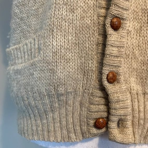 Vintage Hilda Ltd 100% Pure Wool Tan Knit Sweater… - image 4