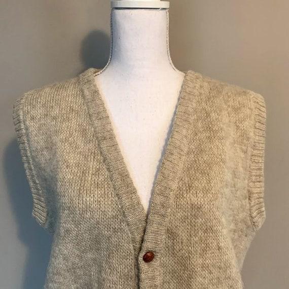 Vintage Hilda Ltd 100% Pure Wool Tan Knit Sweater… - image 2
