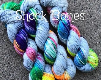 Shock Bones Sparkle Worsted
