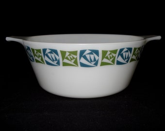 REDUCED Pyrex casserole dish without lid