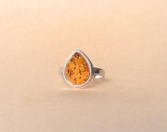 BALTIC AMBER Sterling Silver Ring, 100% NATURAL 925 Silver Amber Ring, Light Cognac Amber Gemstone Ring, Femme Ring, Women's Ring