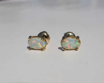 Vintage Opal Gold Earrings, 18K Gold Studs, 750 Gold Solid Gold Earrings, Custom Yellow Gold Earrings, Minimalist Earrings