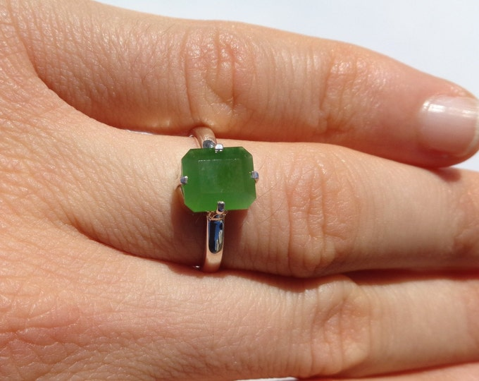 Jade Ring, Jade Silver Ring, Russian Jade, Faceted Green Gemstone, Emerald Cut Jade, Natural Jade, Green Apple Jade, 925 Silver Ring, Size 7