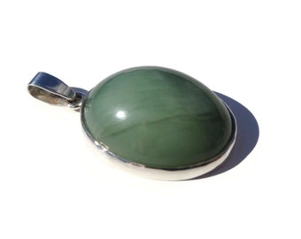 JADE Pendant with CAT'S EYE, Russian Jade Pendant, Siberian Jade, Green Jade Pendant, Cats Eye Jade, 925 Silver, Natural Jade, 10.7g