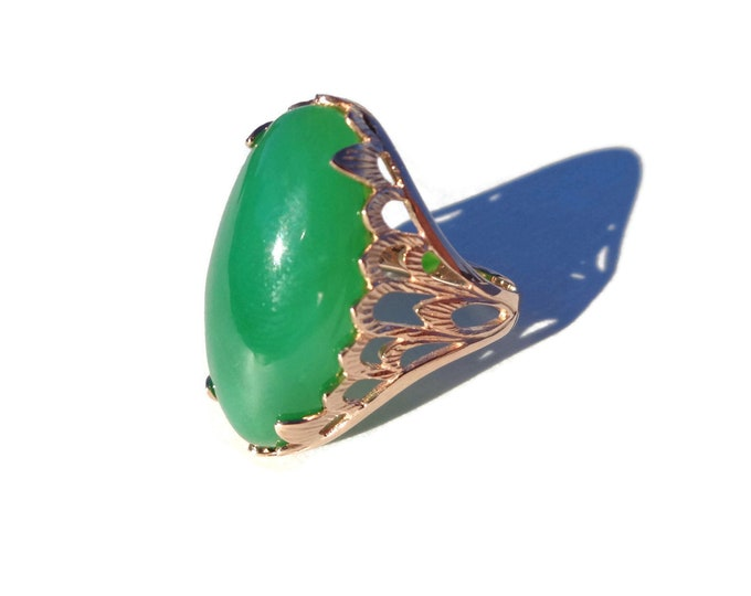 Green Chalcedony 14K Gold Ring, 14K Gold Ring, Natural Green Chalcedony, Chrysoprase Ring, March Birthstone, AAA Quality Chalcedony