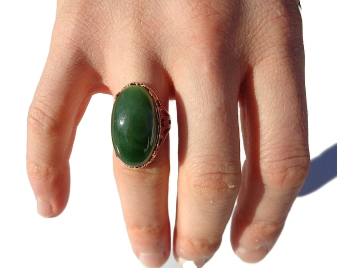 Large Apple Green Jade Ring 14K Gold, Russian Nephrite Green Jade Stone, Natural Jade Jewelry, Green Apple Jade Cabochon 14K Gold Ring Size7