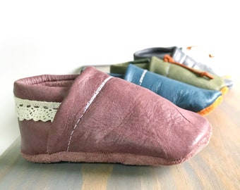 73aec062646 WANDERLUST FIG Genuine Leather Lace Baby Moccasins - Toddler Moccasins -  boho baby shoes- Baby loafers- lace baby Shoes- unique baby