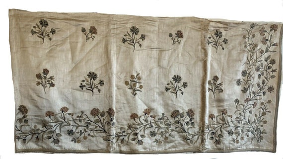 Beautiful Rare 18th Cent French Wool Beauvais Embroidery On Silk 5011