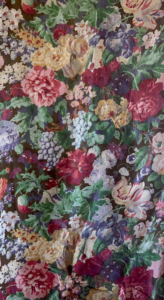 Beautiful 1930's French Linen printed packed floral fabric 5058