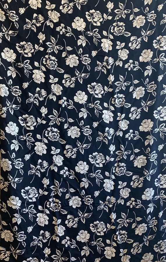 Beautiful rare 20th C. French printed silk monotone rose printed fabric 5149