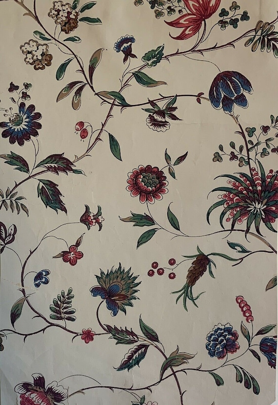 Beautiful 20th Cent. French Exotic floral wallpaper 5068