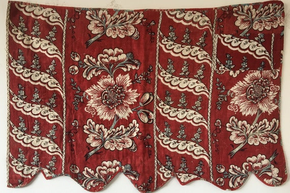 Beautiful 18th C. French Block Printed Linen Floral Valance (2332)