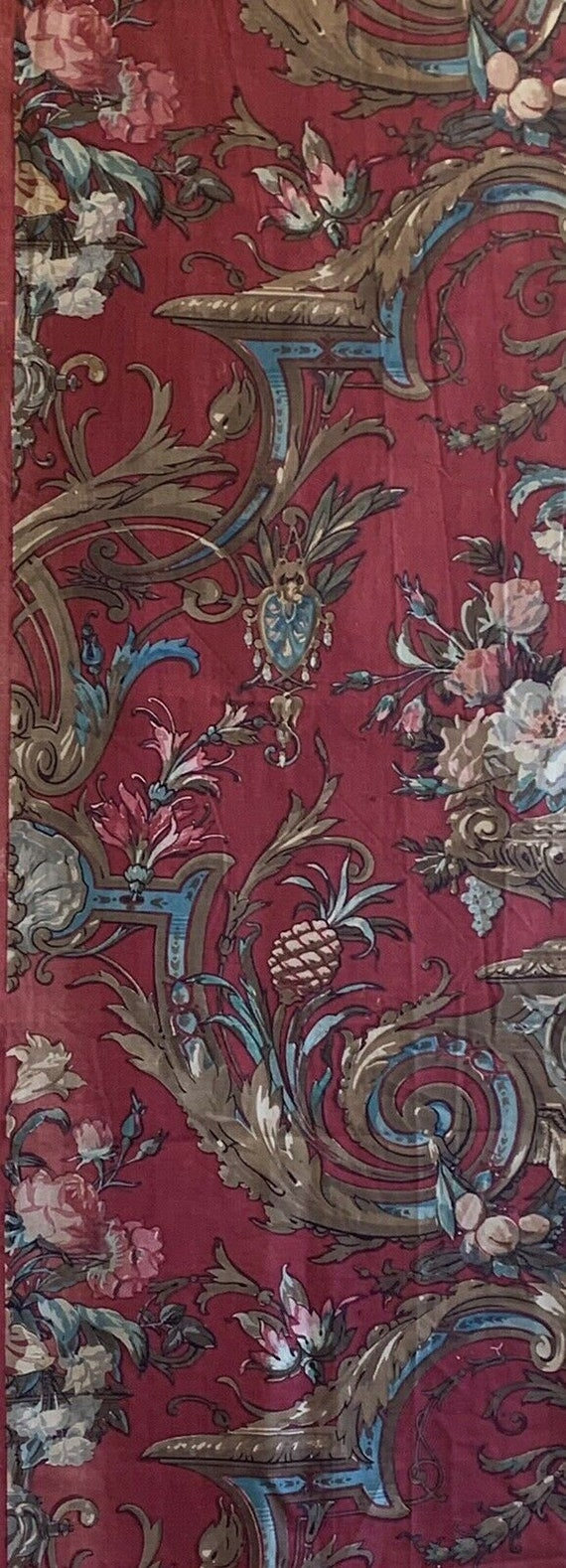 Beautiful Late 19th C. French cotton printed neoclassic fabric 5140