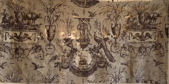 Beautiful 19th Century Neo Classic French Toile Fabric (2613)