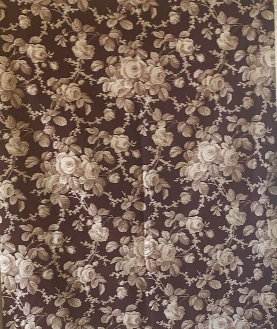 Beautiful 20th Cent. French monotone cotton/floral fabric 5110