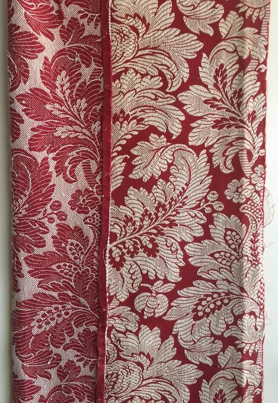 Beautiful Mid 20th C. French Cotton Woven Damask Fabric (2373)