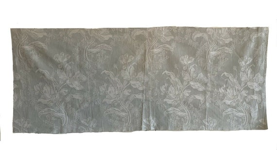Beautiful 20th Cent. French linen jacquard woven fabric 5413