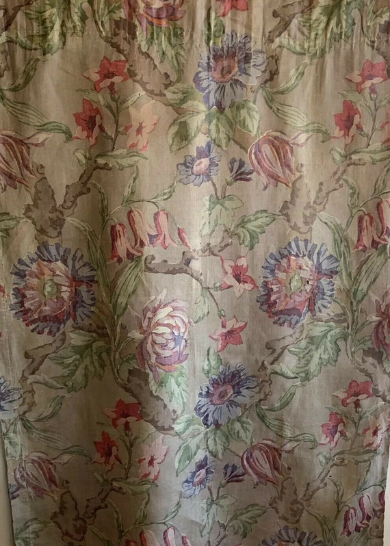 Beautiful 1930's French Linen Printed Floral Fabric 4016
