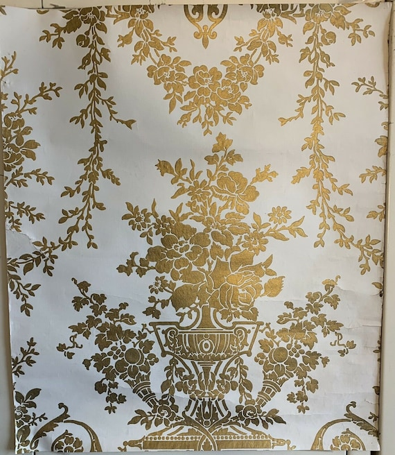 Beautiful Antique 19th Century Neoclassic Floral Wallpaper 8910