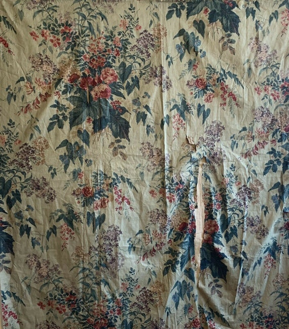 Beautiful rare 19th Century French cotton floral chintz fabric 5145