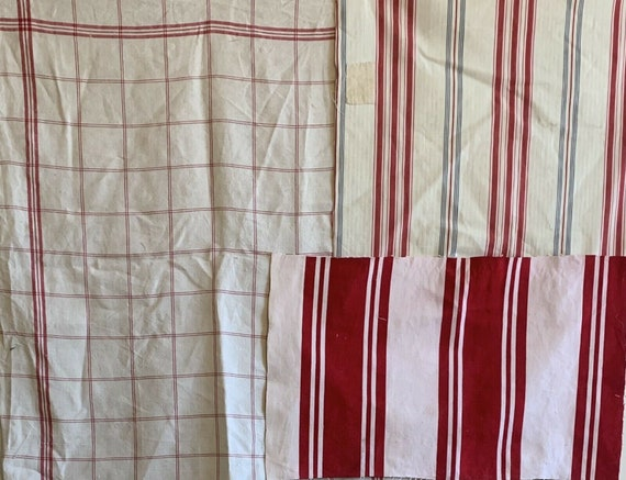 Charming 20th C. French linen checked fabric with cotton/ ticking stripe 5148