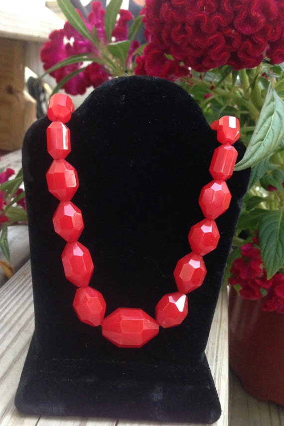 Cherry Red Faceted Bakelite Necklace