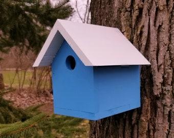 Handmade Hand Painted Outdoor birdhouse cedar birdhouse bird nesting box outdoor bird house garden decor classic birdhouse bird house