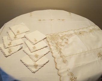 Vintage Handmade Embroidered Golden Floral Pattern Linen Tablecloth with 8 Matching Napkins 60 by 90 Inch Rectangular
