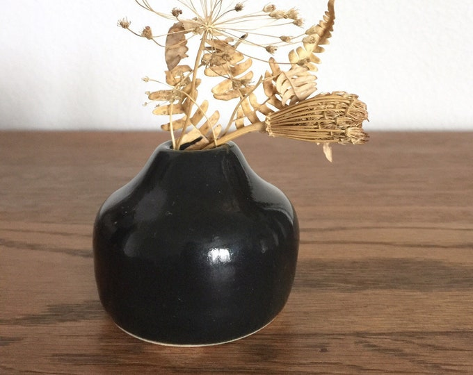 Handmade Mini Ceramic Vase (B3)