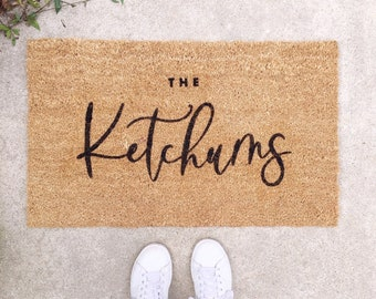 Custom Doormat, Personalize Gift, Personalized doormat, Last Name Doormat, Welcome Mat, Wedding Gift, Housewarming Gift