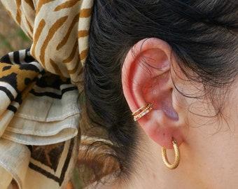 Gold Rainbow Zircon Ear Cuff, Medium open Hoop No Piercing No Pierced Huggie, Conch Ear Cuff Earring, Minimalist Dainty Modern Boho stacking
