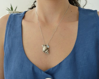 Antique silver TULIP SHELL pendant with aquamarine swarovski stone necklace, stacking summer tropical beach bohemian hippie jewelry, gift