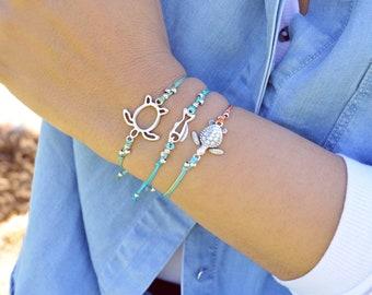 Silver TURTLE or FISH charm bracelet or a Set of 2 macrame bracelets with cowrie shells bracelet, Bohemian Hippie Beach Tropical Jewellery