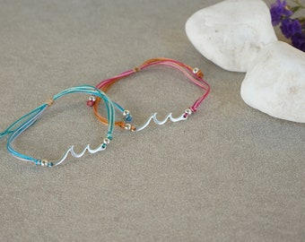 Silver Wave Adjustable Macramé Bracelet, geometric, minimalistic, bohemian, boho summer sea ocean bracelet, minimal jewelry, gift for her
