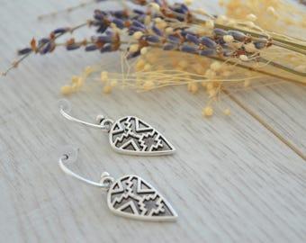 Antique silver Aztec Shield earrings, Silver dangle earrings, boho/ bohemian earrings, tribal ethnic gypsy earrings, free people jewelry
