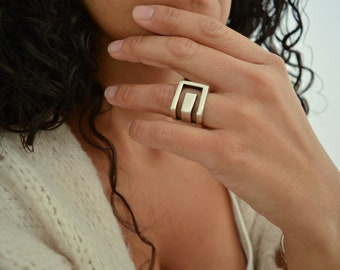 Antique Silver SQUARE lines Ring, Geometric Minimalist Modernist Unique Stacking Band Ring, US Size 7 inches, Abstract Modern Dainty Jewelry