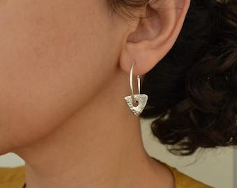 Antique Silver Hoop Earrings with flat triangle bead charms,Latch Back Hoop Earrings,Minimalist Geometric Dainty Trend minimal hoop earrings