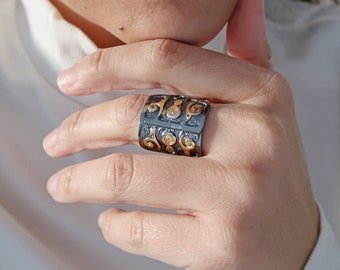 Gold Black Spiral Statement Grecian Ring, Boho Adjustable Stackable Ethnic Tribal Shield Ring, Ancient Greek Jewellery, US Size 7.5-8.5 inch