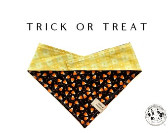 Trick or Treat :Halloween  Candy Corn Tie/On, Reversible Dog Bandana