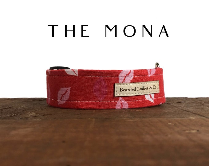 Featured listing image: Valentine's Day Dog Collar // The Mona : Pink and Red Kisses Dog Collar