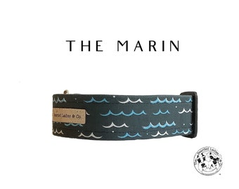 The Marin : Navy with Blue Waves Dog Collar