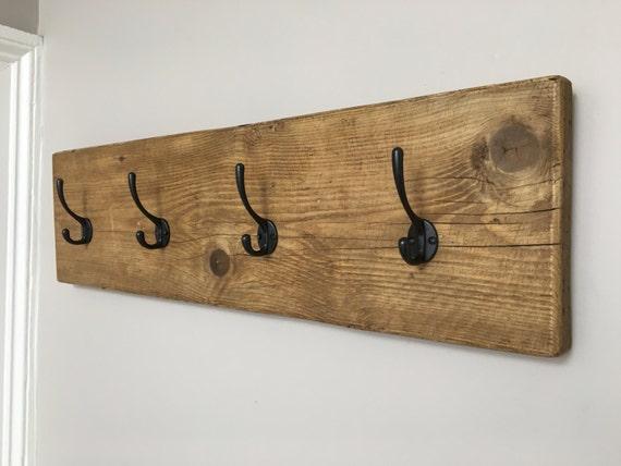 rustikale kleiderb gel garderobe aus altholz ger st board etsy. Black Bedroom Furniture Sets. Home Design Ideas