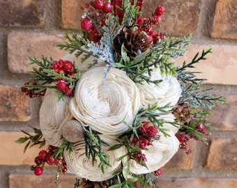 Country Christmas Wood Flower Kissing Ball