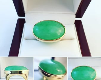 New- 18k Yellow Gold Jadeite Oval Ring Gemologist Appraised 3780