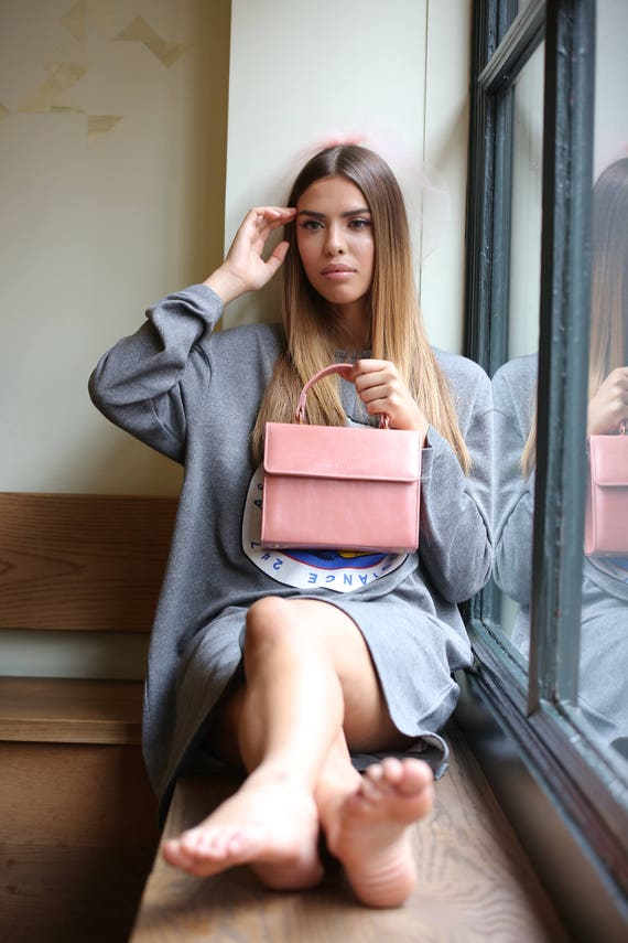 Create Your Own Bespoke Leather  CARRIE  Handbag by  50b5d10fb6fd8